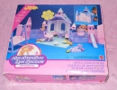 07-Lady-Lovely-Locks-02-Playset-01.JPG