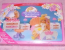 07-Lady-Lovely-Locks-02-Playset-06.JPG