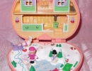 01-01 Polly Pocket 03 - Heidi's Alpine Chalet.JPG