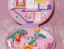 01-01 Polly Pocket 05 - Polly's Flat.JPG