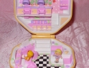 01-01 Polly Pocket 09 - Polly's Hair Salon.JPG