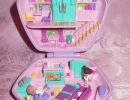 01-01 Polly Pocket 17 - Slumber Party Fun.JPG