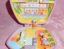 01-01 - Polly Pocket 20 Fast Food Restaurant.JPG