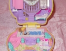 04-04 Polly Pocket - Stylin' Salon.JPG