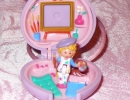 07A-03 Polly Pocket - Pretty Picture Locket.JPG