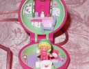 07A-05 Polly Pocket - Polly in her Keep-Fit Locket.JPG