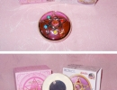 01-29 Sailor Moon Proplica 10 Sailor Moon R Brooch.jpg