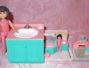 02 - Secret Places Galoob 05 - Bathroom in a Vanity.JPG